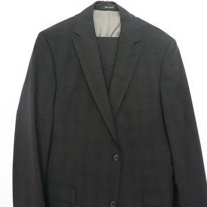 Hugo Boss 2-Piece Black Suit w/ Grey Stripe (42 L)